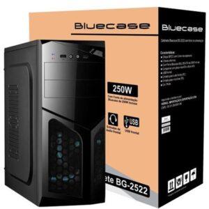 """O Gabinete Bluecase BG-2522 é um gabinete da linha Standard para quem deseja montar um computador de baixo custo sem abrir mão da qualidade Bluecase. Especificações: Cor: Preta; Chapa SPCC com 0,4 mm de espessura; Com fonte Bluecase BLU 250 ATX de 250W inclusa; Compatível com placa-mãe ATX, micro ATX e mini-ITX; 1 baia externa de 5,25""""; 2 baias de 3,5""""/2,5"""" 2x USB 2.0/1.1; Áudio e microfone frontal (P2); Com parafusos traseiros recartilhados; Suporta até 3 fans: lateral (2x12cm ou 2x 8cm) e traseiro (1x8cm); Espaço interno para Placa de vídeo: Até 34,5cm; Suporta Cooler de até 15cm de altura; Dimensões (CxLxA): 40cm x 17,5cm x 41cm. Itens Inclusos: 1 Gabinete com fonte de 250W. 1 Cabo de força. * Fans/ventoinhas não inclusas. Part number: BG2522GCASE EAN: 5000000039210 NCM: 8473.30.11 Garantia de 1 Ano (Da revenda com o distribuidor oficial"""